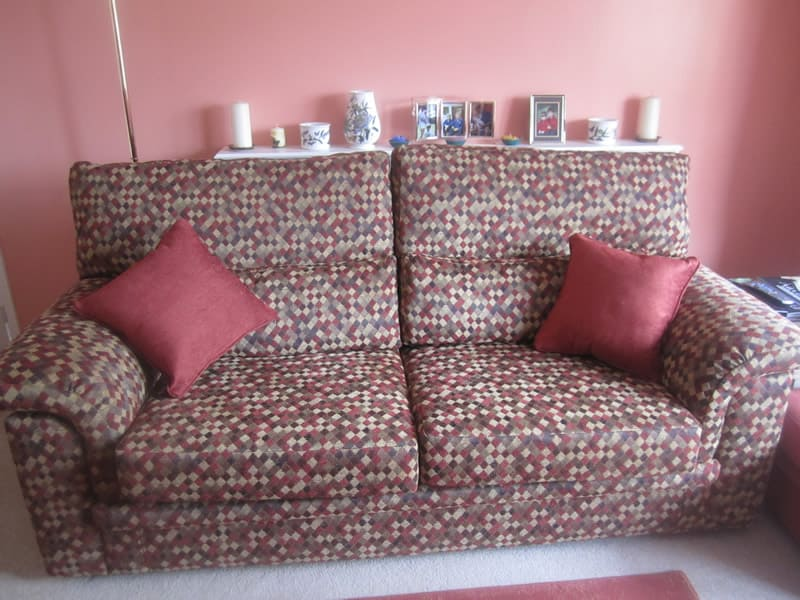Newlook Upholstery - Re-upholstered suite