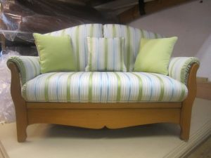 Newlook Upholstery - Upholstery of suite - Cardiff - Caerphilly - Newport